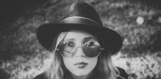 Anana Kaye - American Smile
