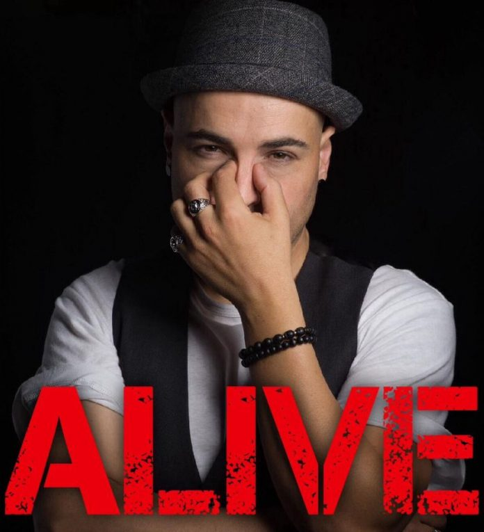 VAXXO - Alive (Review)